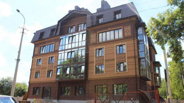 Новий унікальний будинок у місті